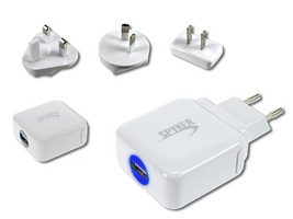 AD318 UNIVERSAL USB POWER ADAPTOR